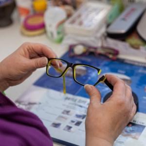 Úpravy obrub a opravy brýlí v Optice Praha Stodůlky