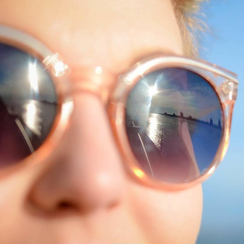 Jak nosit kontaktní čočky v letních měsících